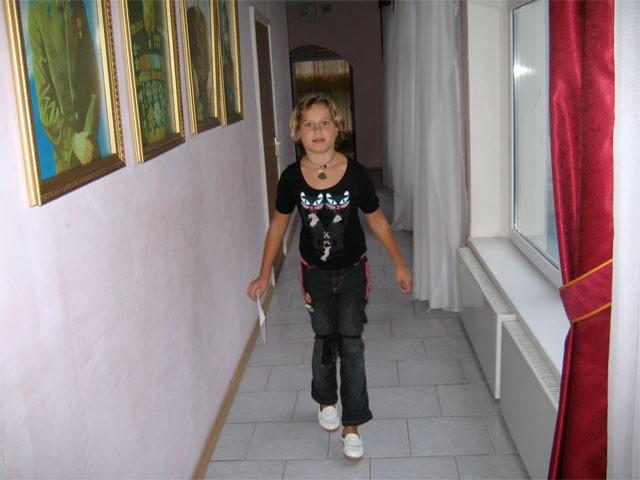 Саша Ларионова (детский дом 59) на себе ощутила проблемы с ограничением движения